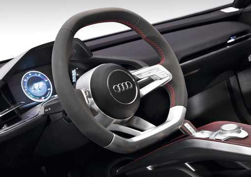 Interiör av Audi e-tron Spyder 3.0 TDI V6 quattro S Tronic, 7 växlar, 475hk, 349kW, 2010