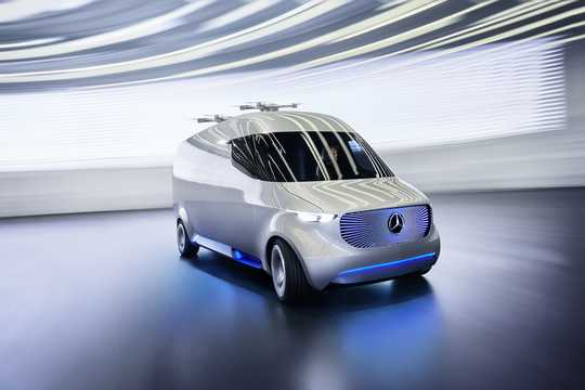 Front/Side  of Mercedes-Benz Vision Van Electric Single Speed, 102hp, 2016