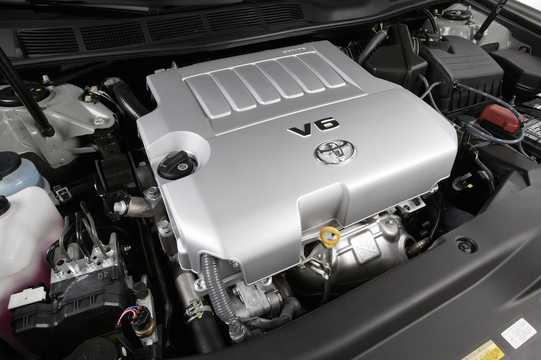 Toyota avalon generation gsx30 35 v6 engine compartment of toyota avalon 35 v6 automatic 272hp 2006 fandeluxe Gallery