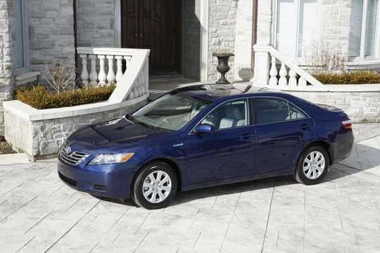 Front/Side  of Toyota Camry Hybrid 2.4 ECVT, 187hp, 2009