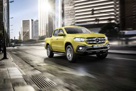 Front/Side  of Mercedes-Benz X-Class 2018