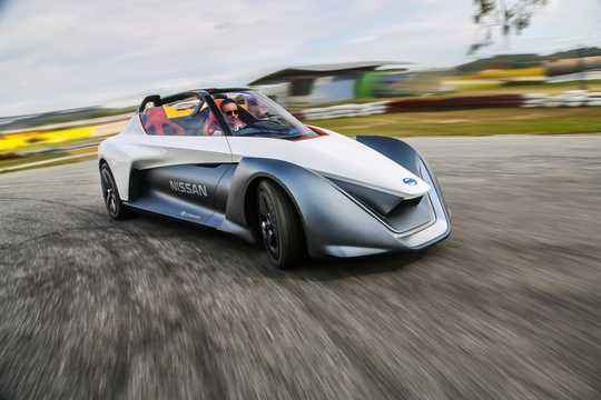 Fram/Sida av Nissan BladeGlider Concept Concept, 2014