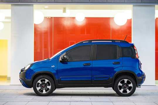 fiat panda cross 4x4 2018. Black Bedroom Furniture Sets. Home Design Ideas