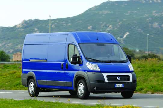 Front/Side  of Fiat Ducato Van 2007