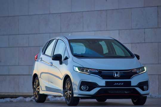 Front/Side  of Honda Jazz 2018