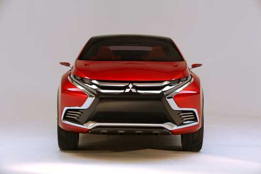 Front  of Mitsubishi XR-PHEV II Concept Concept, 2015