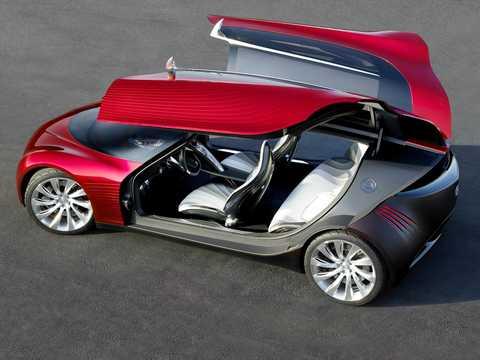 Back/Side of Mazda Ryuga Concept Automatic, 2007