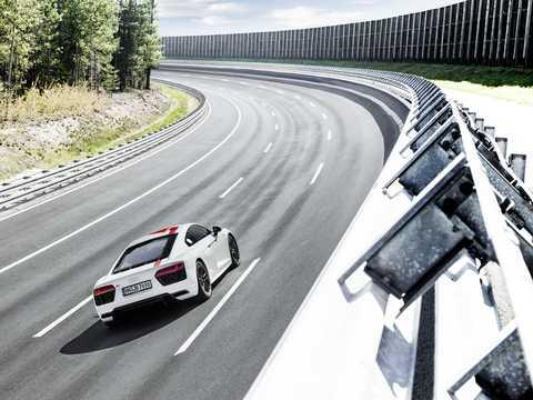 Back/Side of Audi R8 V10 RWS 5.2 V10 FSI S Tronic, 540hp, 2018