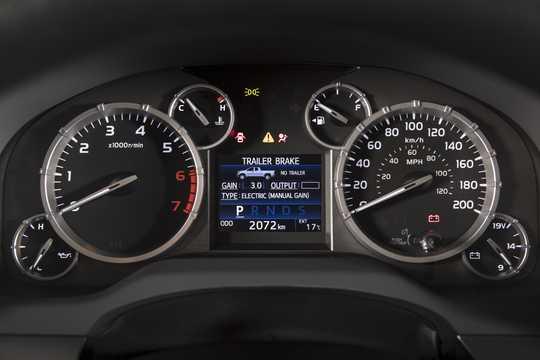 Interior of Toyota Tundra CrewMax 2017