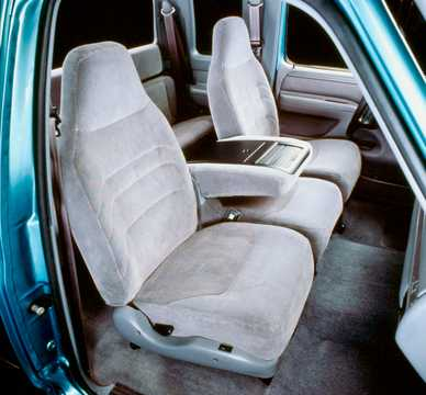 Interior of Ford F-150 SuperCab 1992