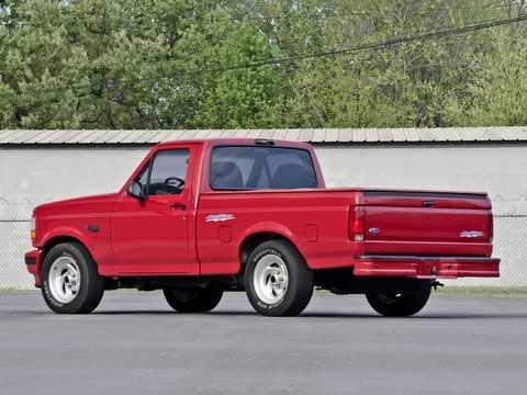 Back/Side of Ford F-150 SVT Lightning 5.8 V8 4WD Automatic, 1993