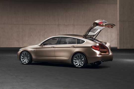 Bak/Sida av BMW 5 Series Gran Turismo Concept Concept, 2009