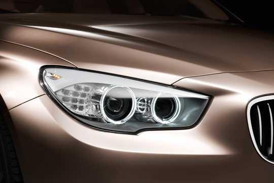 Närbild av BMW 5 Series Gran Turismo Concept Concept, 2009