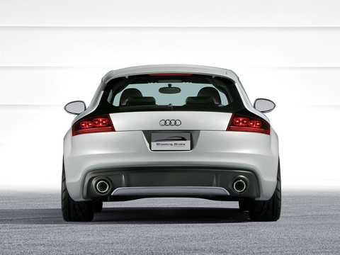 Back of Audi Shooting Brake 3.2 VR6 quattro Concept, 250hp, 2005