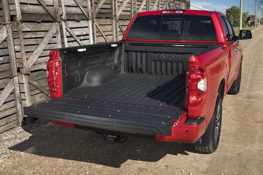 Back/Side of Toyota Tundra Double Cab 5.7 V8 4WD Automatic, 381hp, 2018