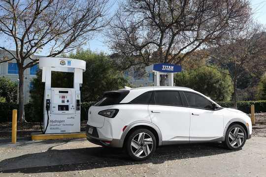 Bak/Sida av Hyundai Nexo 2 kWh Single Speed, 163hk, 2018