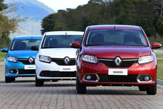 Fram av Renault Sandero 2013