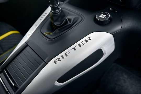 Närbild av Peugeot Rifter 4x4 1.5 BlueHDi 4x4 Manuell, 130hk, 2018