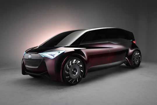 Fram/Sida av Toyota Fine-Comfort Ride Concept Concept, 2017
