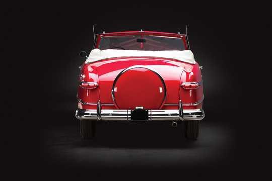 Bak av Ford Custom Deluxe Convertible 3.9 V8 Manuell, 102hk, 1951