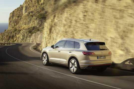 Back/Side of Volkswagen Touareg 2019