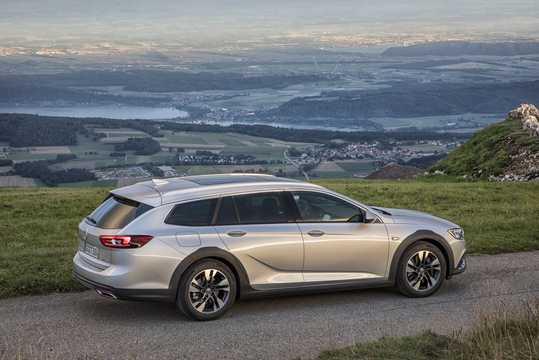 Sida av Opel Insignia Country Tourer 2017