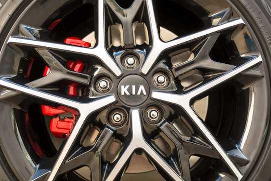 Close-up of Kia Optima 2018