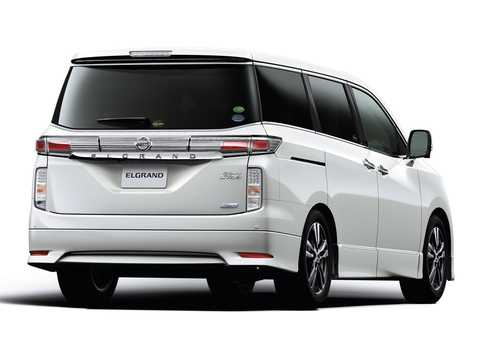 Bak/Sida av Nissan Elgrand 2011