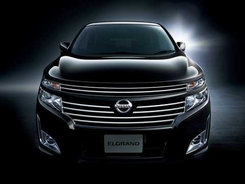 Front  of Nissan Elgrand 2011