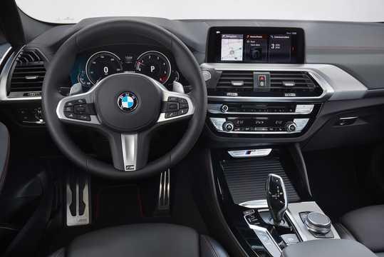 Interiör av BMW X4 M40d 3.0 xDrive Steptronic, 326hk, 2018