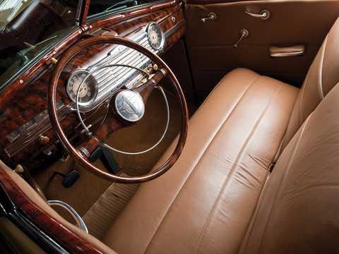 Interior of Chevrolet Fleetmaster Cabriolet 3.5 Manual, 91hp, 1947