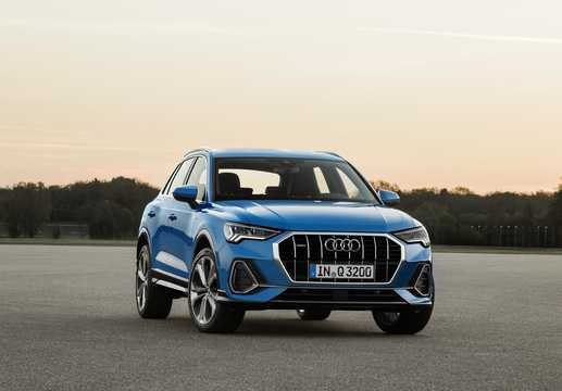 Front/Side  of Audi Q3 2019