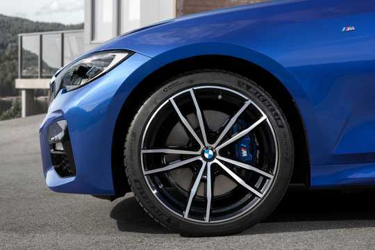 Närbild av BMW 3 Series Sedan 2019