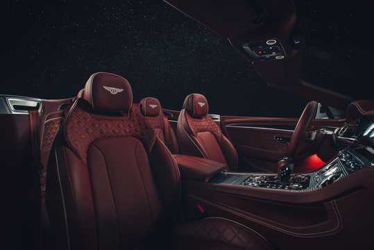 Interior of Bentley Continental GTC 6.0 W12 TSI DCT, 635hp, 2019