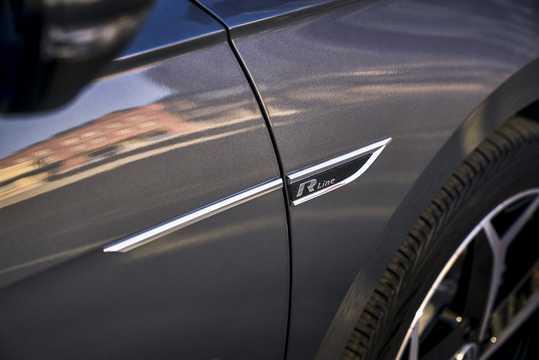 Närbild av Volkswagen Passat NMS 2.0 TSI TipTronic, 176hk, 2020