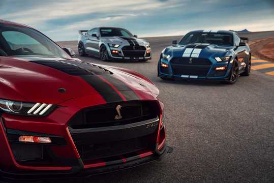 Front/Side  of Ford Mustang Shelby GT500 5.2 V8 DCT, 700hp, 2020