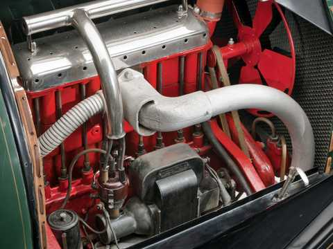 Engine compartment  of Chevrolet Model H-2 Royal Mail 2.8 Manual, 24hp, 1915