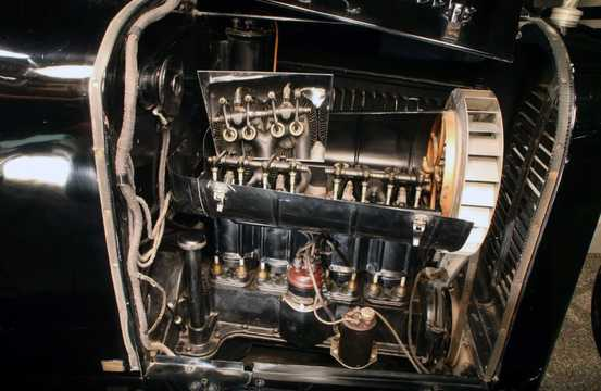 Engine compartment  of Chevrolet Copper-Cooled Utility Coupé 2.2 Manual, 22hp, 1923
