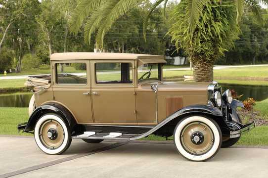 Front/Side  of Chevrolet International Landau 3.2 Manual, 47hp, 1929