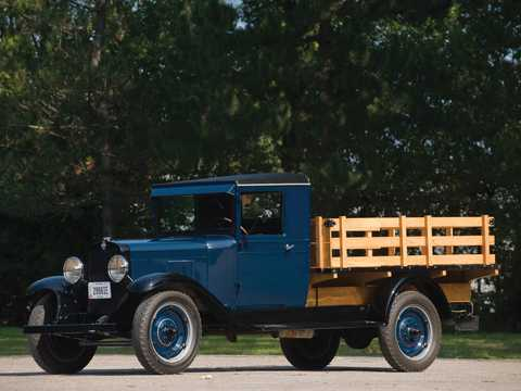 Front/Side  of Chevrolet Model LR 1.5-Ton Chassis 3.2 Manual, 47hp, 1930