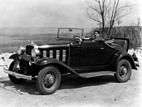 Front/Side  of Chevrolet Confederate Cabriolet 3.2 Manual, 61hp, 1932