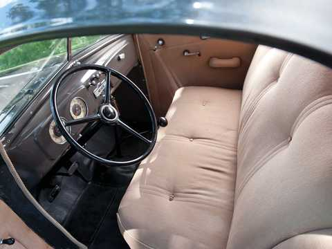 Interior of Chevrolet Master Deluxe Coupé 3.4 Manual, 80hp, 1936