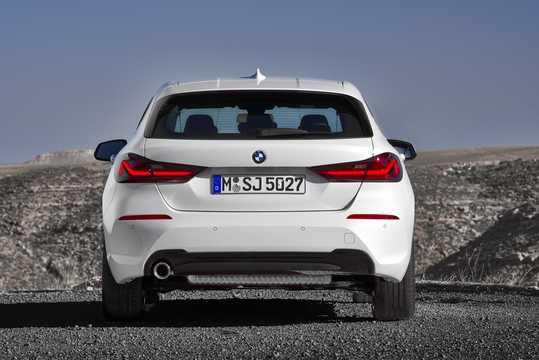 Back of BMW 1 Series 5-door 2020
