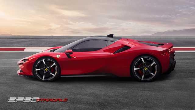 Side  of Ferrari SF90 Stradale 3.9 V8 DCT, 1000hp, 2020