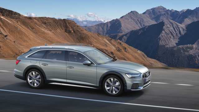 Front/Side  of Audi A6 allroad quattro 2019