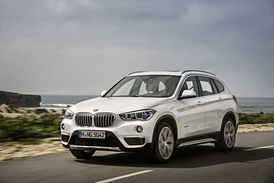 Front/Side  of BMW X1 xDrive20d  Steptronic, 190hp, 2018