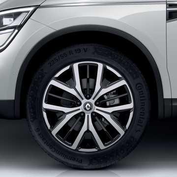 Close-up of Renault Koleos 2020