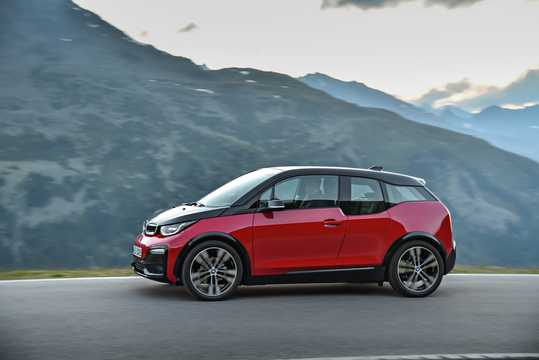 Side  of BMW i3s 94 Ah  Single Speed, 183hp, 2018