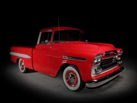 Fram/Sida av Chevrolet Apache 31/32 Fleetside 3.9 137hk, 1959