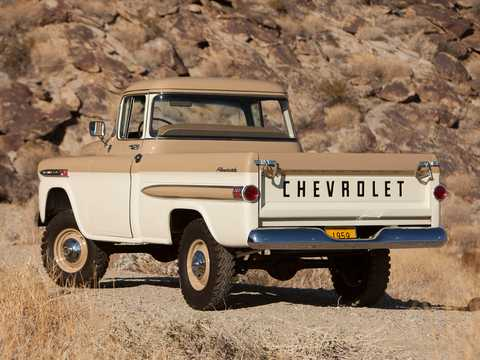 Bak/Sida av Chevrolet Apache 31/32 Fleetside NAPCO Powr-Pak 3.9 4x4 Manuell, 137hk, 1959
